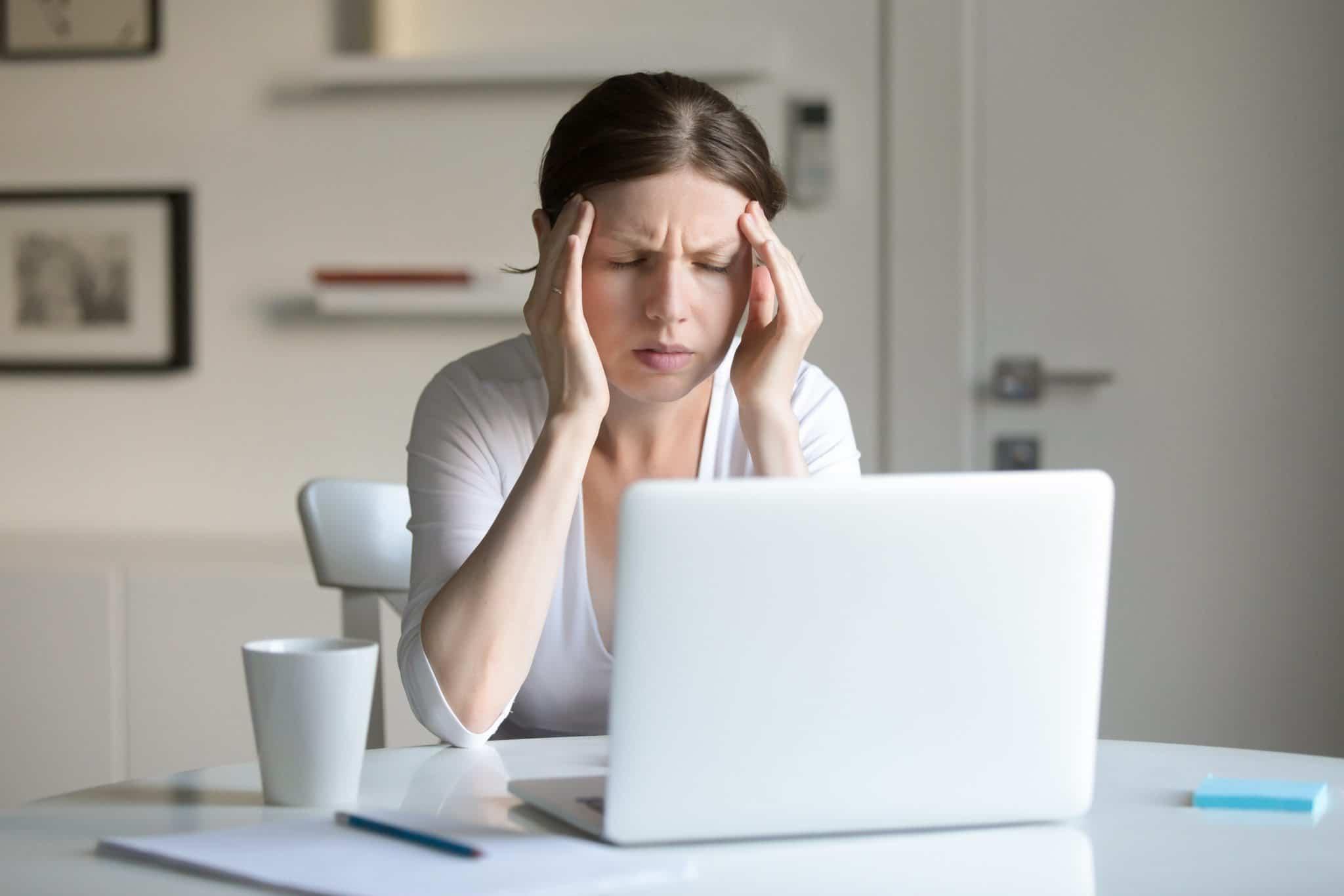 a customer frustrated over a bad customer feedback survey