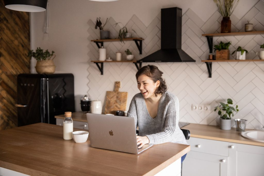Your guide to producing successful webinars