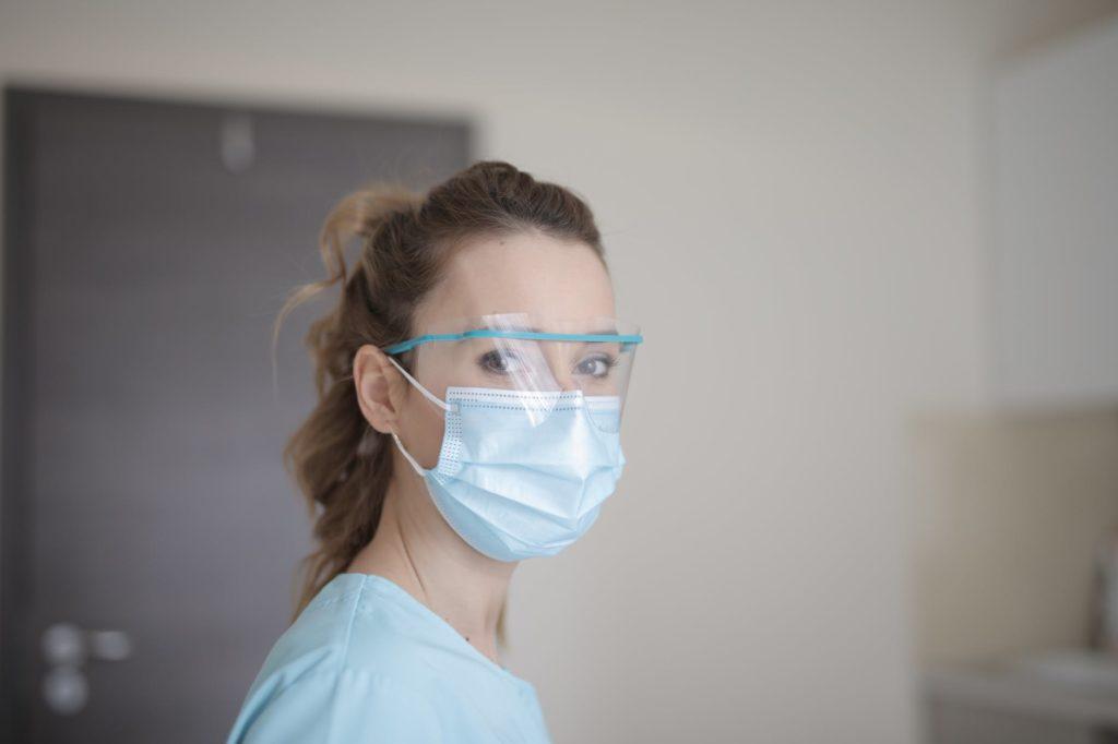 Health care vertical_employee feedback_mask